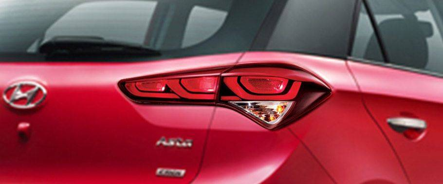 Hyundai Elite i20 Back light