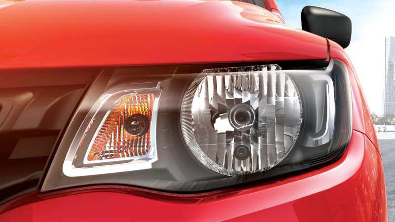 Renault Kwid Front Head light