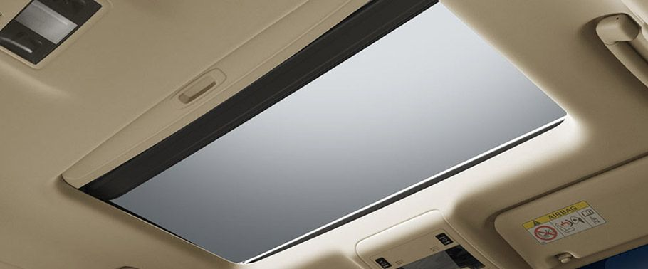 Toyota Land Cruiser sunroof and moonroof