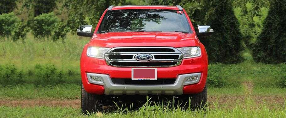 Ford Endeavour 2016 Front view