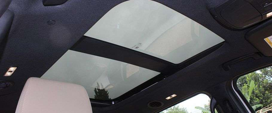 Ford Endeavour Sunroof