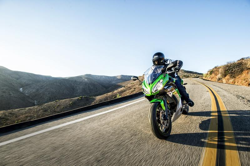 Kawasaki Ninja 650 HD Wallpaper