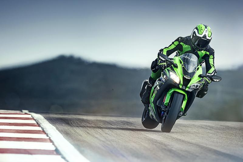 Kawasaki Ninja ZX 10R Free HD Wallpaper Download
