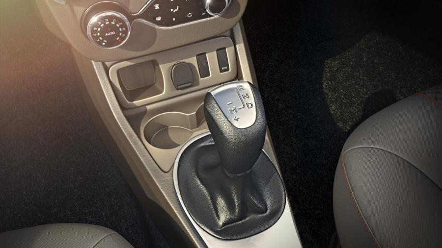 New Renault DUSTER Transmission Image