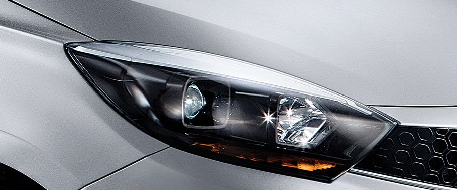 Tata Kite 5 Headlight