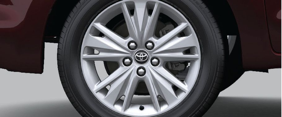 Toyota Innova Crysta Alloy Wheel