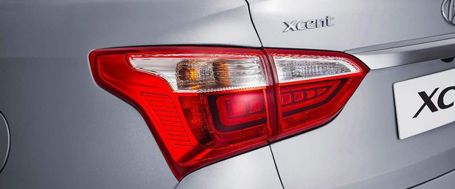 2017 Hyundai Xcent Back Light